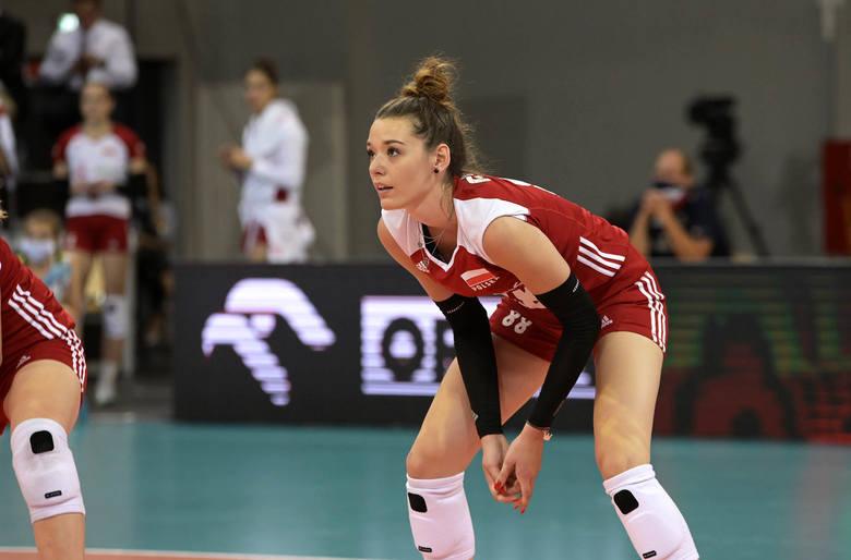 Na zakończenie sezonu reprezentacyjnego kadry kobiet kobiet, drużyna Jacka Nawrockiego dwukrotnie zmierzyła się w Łodzi ze Szwajcarią. O ile pierwsze