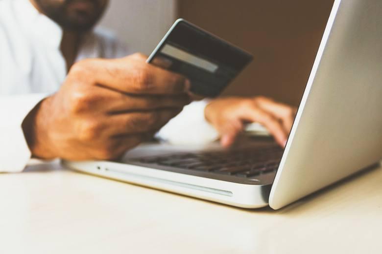 Uwaga! Od weekendu ważne zmiany w płatnościach kartą we wszystkich bankach