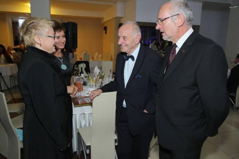 Znamienici goście na 20. jubileuszowej gali Skrzydła 2015. Zobacz kulisy niezwykłego wieczoruWiceminister obrony narodowej Beata Oczkowicz (z lewej)