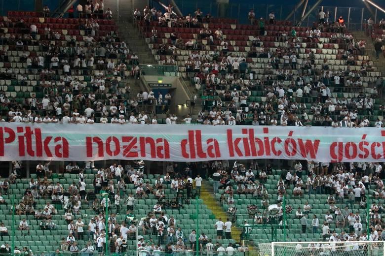 W sobotę, 29 sierpnia 2020 r., na stadionie przy Łazienkowskiej Legia Warszawa przegrała 1:2 z Jagiellonią Białystok. Drużynę gospodarzy dopingowało