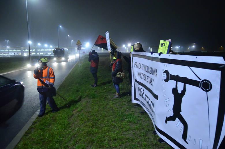 W 2015 roku na terenie podpoznańskiego Amazona w Sadach doszło do protestu pracowników.