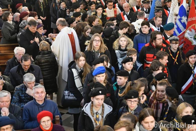 Z okazji Święta Niepodległości w w bazylice archikatedralnej odbyła się uroczysta Msza Święta w intencji Ojczyzny. We wspólnej modlitwie uczestniczyli