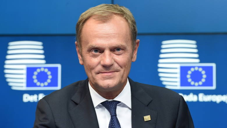 Wsp&oacute;lne zwiedzanie siedziby Rady Europejskiej w Brukseli, obiad z Przewodniczącym Tuskiem, pamiątkowe zdjęcie i album o Europie podpisany przez szef&oacute;w państw, rząd&oacute;w i przewodniczących instytucji unijnych.<br /> <br /> Obecna cena: 41 100 zł<br />...
