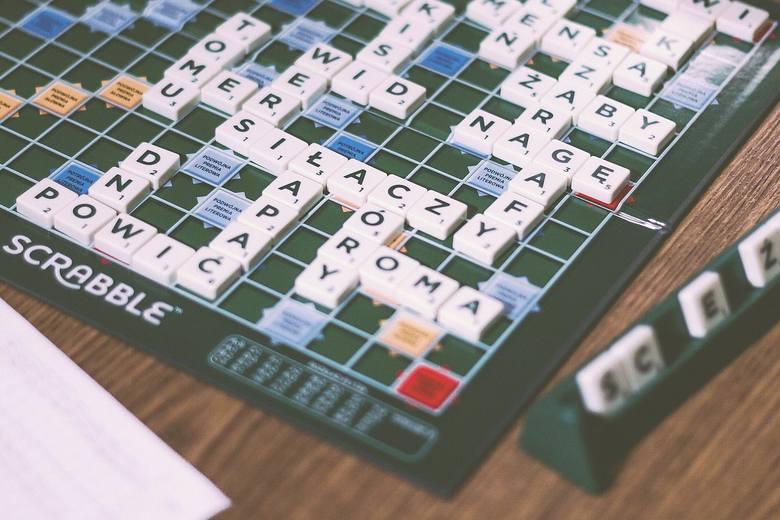 Słowa, których kiedyś często używaliśmy, nagle przestają być obecne w naszych rozmowach. To naturalny dla każdego języka proces. Czy pamiętasz słowa,