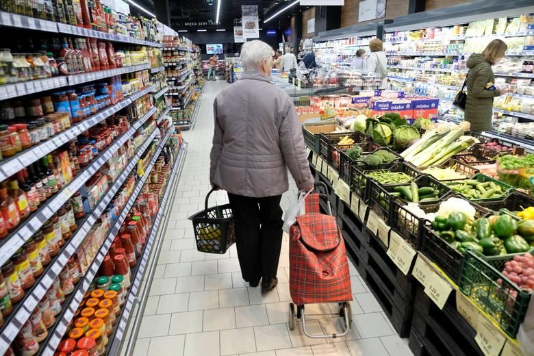 Większym problemem są wzrosty cen żywności, ponieważ one najsilniej oddziałują na uboższe gospodarstwa domowe.