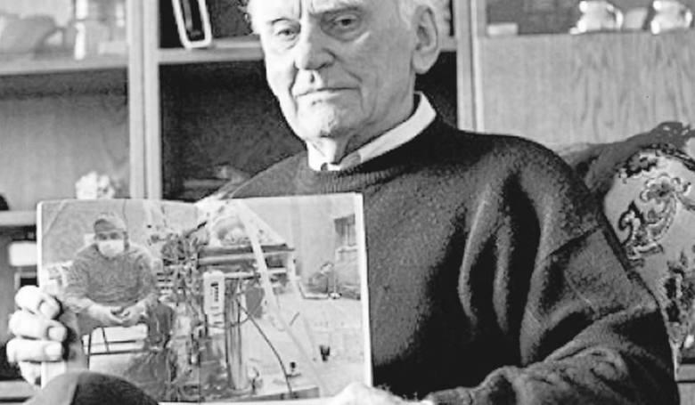 Tadeusz Żytkiewicz zmarł 18 września. Miał 91 lat. Był 19. pacjentem, któremu pionier polskiej kardiochirurgii przeszczepił serce. Po raz drugi urodził