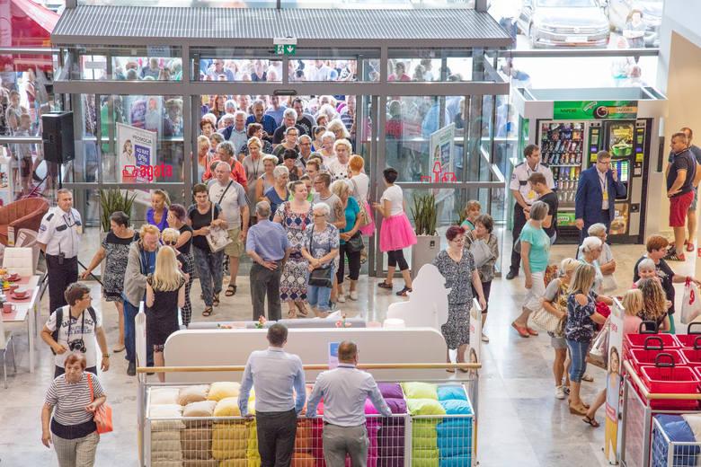 W miniony weekend odbyło się wielkie otwarcie nowego salonu Agata przy ulicy Sulechowskiej 45 w Zielonej Górze. Upalna pogoda i wysokie temperatury nie
