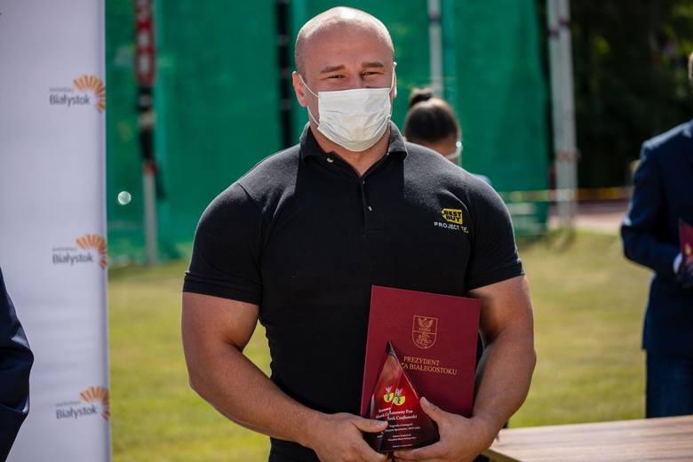 Wręczenie nagród finansowych dla białostockich sportowców