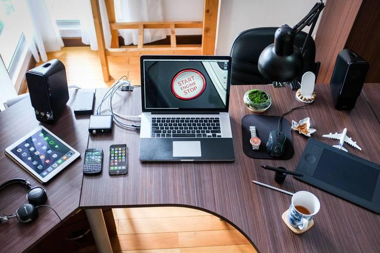 Yammer to popularne narzędzie do komunikacji wewnętrznej w firmie. Narzędzie Microsoftu stanowi przykład sieci społecznościowej typu enterprise. Jego