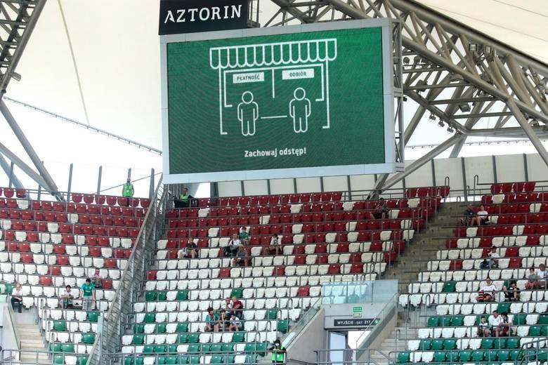 W sobotnim meczu na szczycie PKO Ekstraklasy Legia Warszawa zremisowała 1:1 z Piastem Gliwice. Oto pięć najważniejszych wniosków po tym spotkaniu.Uruchom