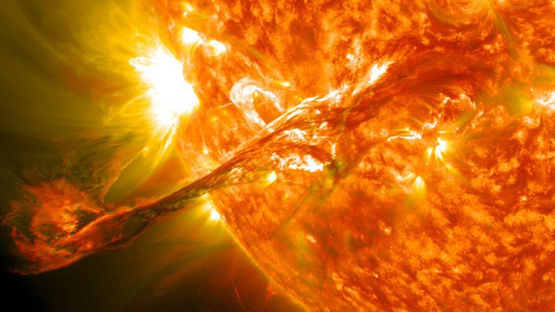 Burza magnetyczna 2019: Sprawdź kiedy uderzy? Na Ziemi czeka nas chaos? Coraz bliżej przerwy w połączeniach telefonicznych
