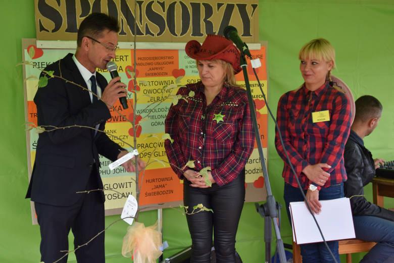 Biesiada country na 35-lecia działalności - zjazd rodzin i przyjaciół Domu Pomocy Społecznej w Glińsku
