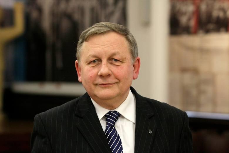 Poseł Kilian, polityk Prawa i Sprawiedliwości, pochodzący ze Starogardu Gdańskiego, w swojej krótkiej, poselskiej karierze, niczym specjalnym się do