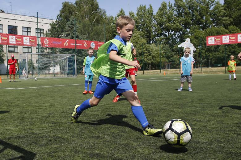 Zbliżają się Dni Talentu. To szansa dla dzieci, aby dostać się do Akademii Młodych Orłów i trenować piłkę nożną wśród najlepszych