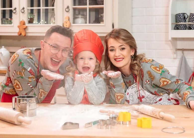 Jakub Urbański, lider radomskiej grupy Playboys, wraz z żoną oraz córką, wziął udział w specjalnej sesji świątecznej. - Bawiliśmy się świetnie, na dodatek