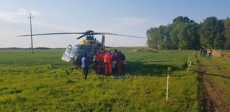 W niedzielę około godz. 17 dyspozytornia medyczna w Przemyślu odebrała zgłoszenie o wypadku w miejscowości Krowica Lasowa. Po przybyciu w miejsce wezwania