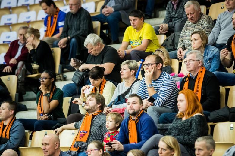 Bydgoskie koszykarki Artego pokonały we własnej hali Widzew Łódź 77:69 (24:18, 18:13, 26:23, 9:15) w kolejnym meczu Energa Basket Ligi Kobiet. Kosmicznego