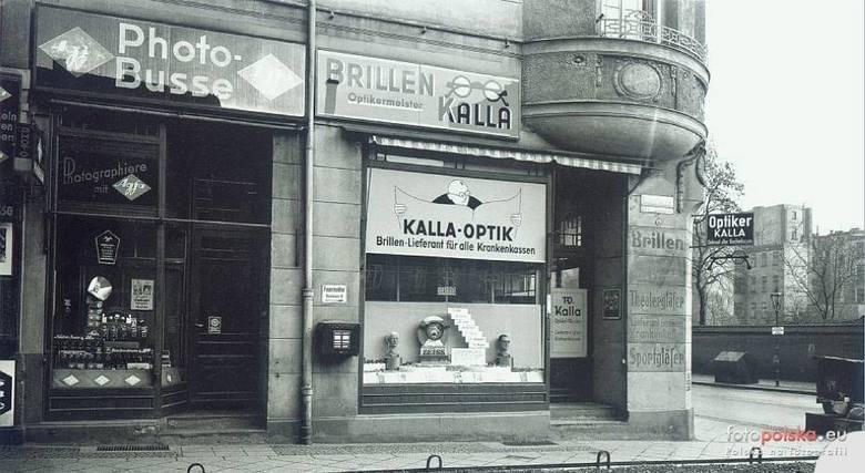 Budynek przy skrzyżowaniu ulic Traugutta i Dobrzyńskiej. Lata 1933-1940