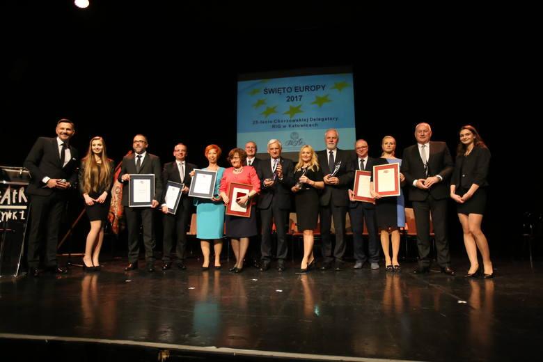Dziś w Teatrze Rozrywki w Chorzowie odbyła się uroczysta gala Święta Europy organizowana przez Regionalną Izbę Gospodarczą w Katowicach. Tegoroczne obchody