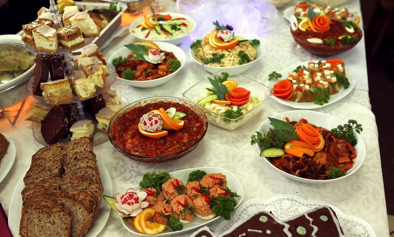 Gospodynie z Krajny potwierdzają, że są potrawy, które różnią się od tych z innych regionów Polski i zachęcają do ich próbowania.