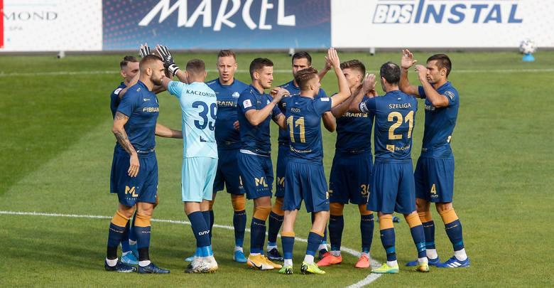 Już w środę Stal Rzeszów zagra kolejne spotkanie w 2 lidze. Biało-niebiescy zagrają na wyjeździe z Błękitnymi Stargard. PRZYPUSZCZALNY SKŁAD NA KOLEJNYCH