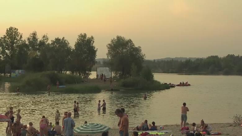 Plaża, na której wypoczywał młody mężczyzna była niestrzeżona, a on sam nie umiał pływać.