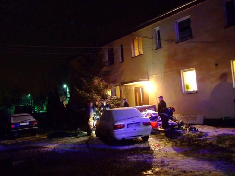 Tragiczny pożar w Rozmierzy. Nie żyją dwie osoby [video]