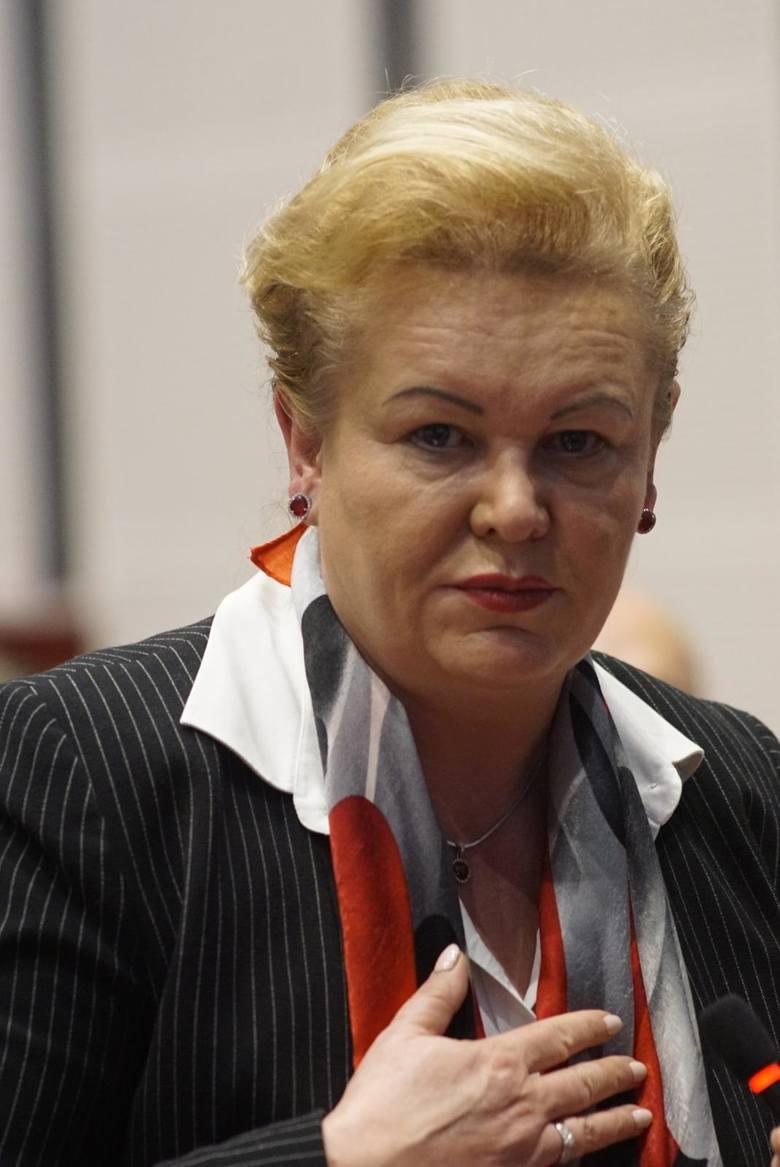 Z zarządu województwa wielkopolskiego odchodzi Marzena Wodzińska, która zajmowała się miedzy innymi służbą zdrowia. Marszałek Marek Woźniak na jej miejsce będzie rekomendował radną Paulinę Stochniałek.