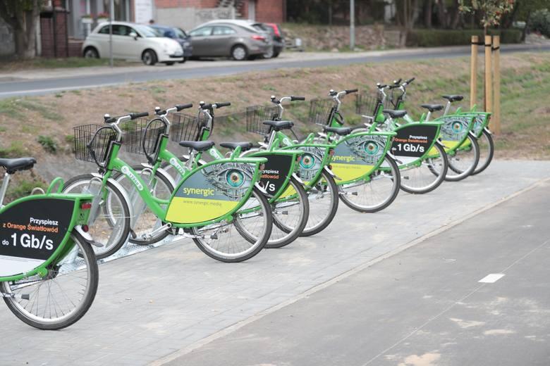 Mieszkańcy Zielonej Góry Jędrzychowa czuli się pominięci, bo nie było na ich osiedlu stacji wypożyczania rowerów miejskich. Od dziś dołączyli już do