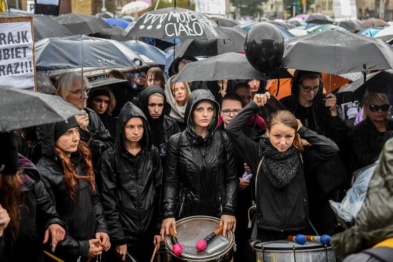 Czarny protest w Poznaniu
