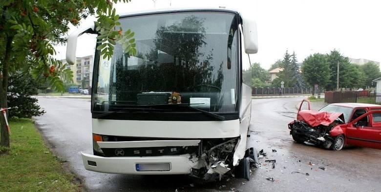 Do wypadklu doszło na skrzyżowaniu Wyszyńskiego i Kolejowej