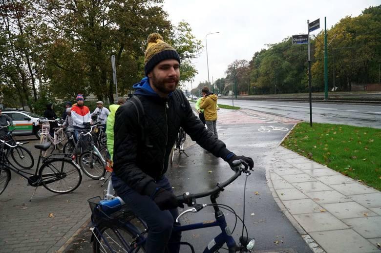 Zakończyła się budowa nowej drogi rowerowej na ul. Grunwaldzkiej, o którą poznańscy rowerzyści zabiegali od dawna. W sobotę postanowili ją uroczyści