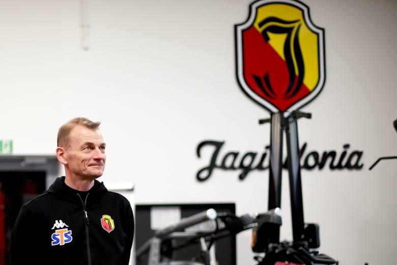 Trenera Jagiellonii Bogdana Zająca z pewnością niepokoi obsada lewej strony defensywy białostockiego zespołu