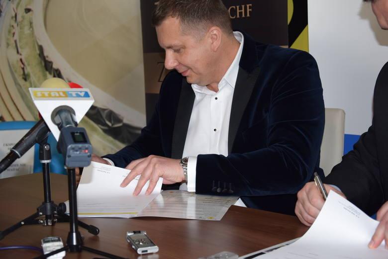 Rewolucyjna zmiana w Stali Gorzów. Ireneusz Maciej Zmora przestaje być prezesem zarządu. Kto go zastąpi?