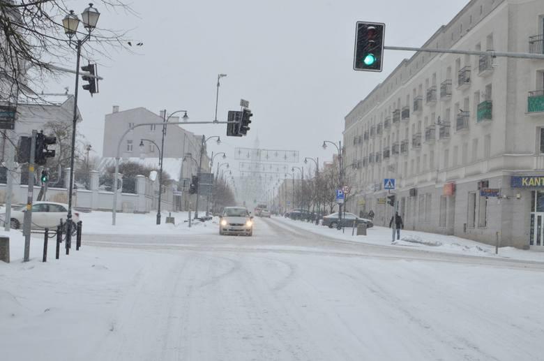 Zima kontratakuje. Białystok znów pod śniegiem (galeria)