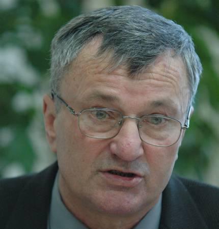 - Zniknęły podziały na północ i południe. One istnieją jeszcze tylko wśród polityków - powiedział szef konwentu starostów Marek Cieślak