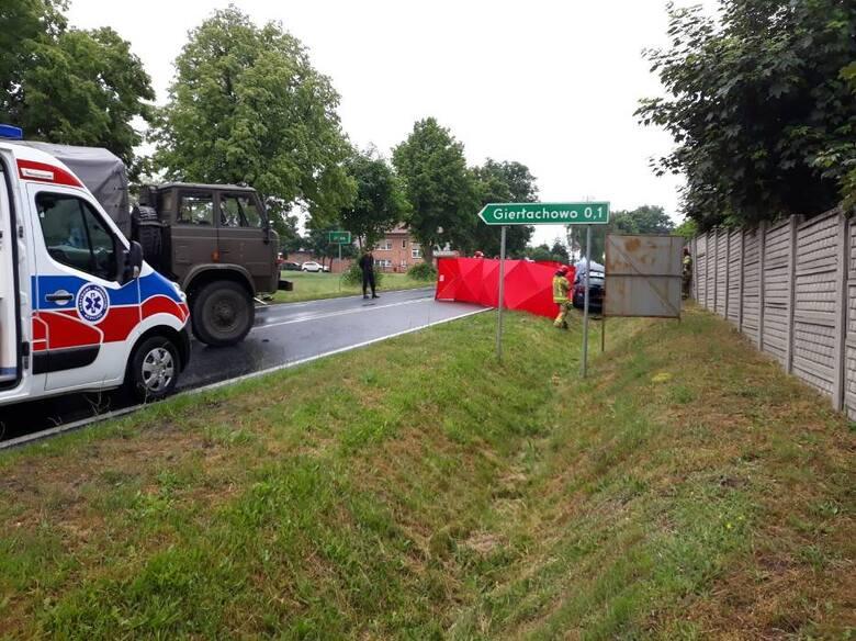 Śmiertelny wypadek na trasie Jerka - Krzywiń. Do wypadku doszło dziś w czwartek 10 czerwca około godziny 9:30 na drodze krajowej 432. Zginął młody kierowca