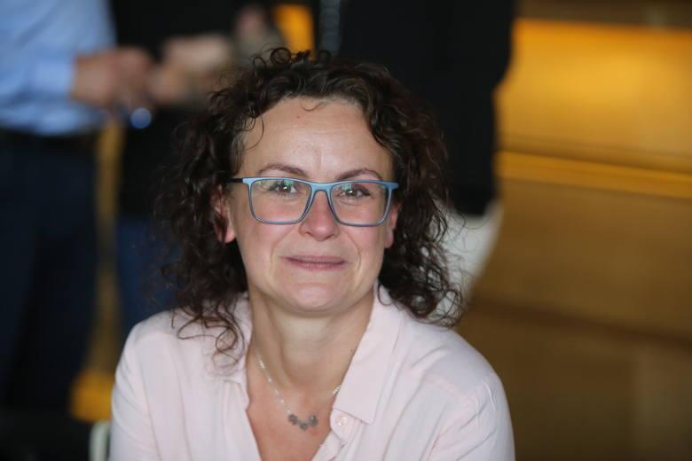 """Janina i Witold, rodzice Ani Seweryn, która dziesięć lat temu poruszyła tysiące serc. Jej nie udało się uratować, zmarła, ale """"jej"""" dawcy ratują innych"""