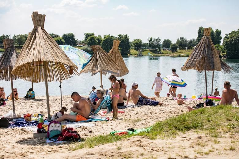 Zalew w Kryspinowie - 12 km od centrum KrakowaZalew Na Piaskach część Budzyńska (Występuje pod nazwą Zalew Kryspinów) jest wyrobiskiem po eksploatacji