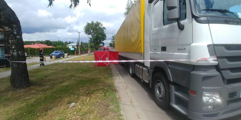 Sztabin. Śmiertelny wypadek rowerzystki: Kobieta zginęła w zderzeniu z ciężarówką (03.07.2019)
