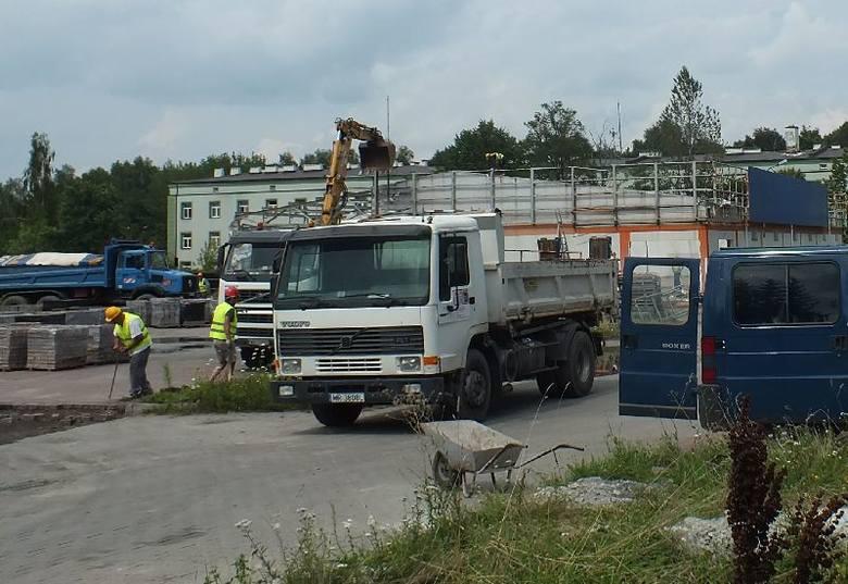 W Starachowicach będzie drugi Lidl. Prace na placu budowy już trwająPrzy ulicy Radomskiej w Starachowicach trwa rozbiórka budynku po dyskoncie Plus.