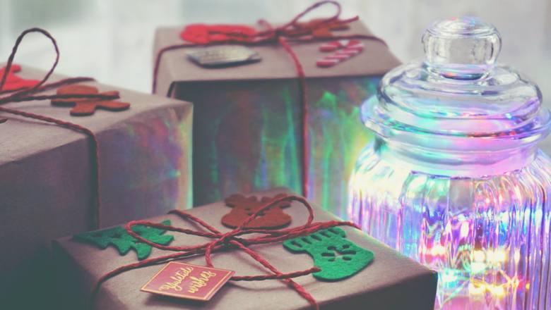 Przepis na NIEZAPOMNIANE Święta? Oto 10 najlepszych prezentów dla osób, których nie znosisz