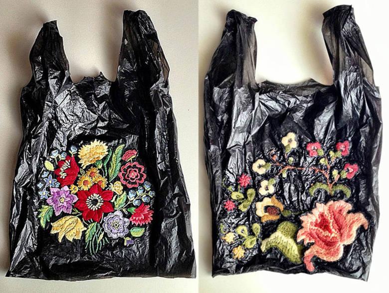 Plastikowe,  siatkowe, papierowe torby na zakupy  opanowały świat mody