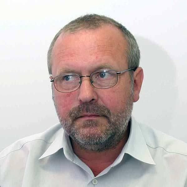 Dr Krzysztof Szuber