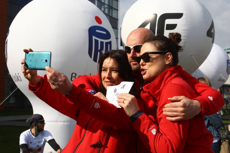 12. PKO Półmaraton Rzeszowski okazał się rekordowy. Udział w nim wzięło ok. 2000 uczestników, wśród nich m.in. znana aktorka Karolina Gorczyca. Wygrała