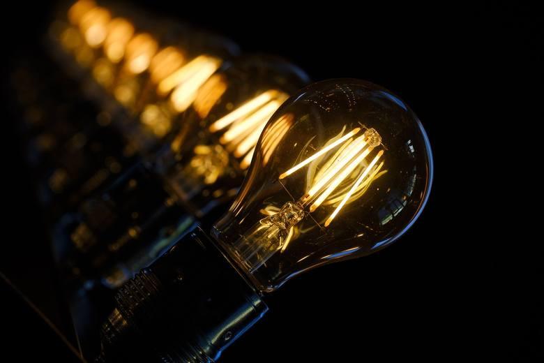 BRAK PRĄDU W LUBUSKIEM Brak prądu to może nam utrudnić codzienność, dlatego też warto wiedzieć wcześniej gdzie i kiedy nasz dostawca energii planuje