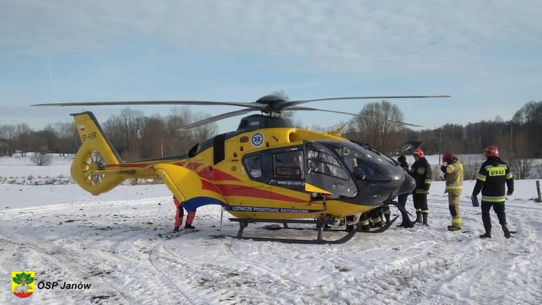 W czwartek, o godzinie 13.36, strażacy z OSP Janów zostali wezwani do wypadku. Ze zgłoszenia wynikało, że człowiek został wciągnięty przez maszynę rolniczą