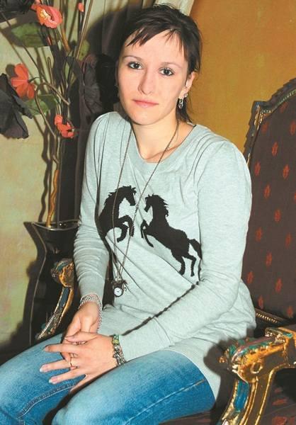 - Od dwóch lat  uprawiam jeździectwo - mówi Magda. -  Ponieważ na co dzień pracuję, nie mam zbytnio czasu, aby zadbać o swoje włosy, które są długie