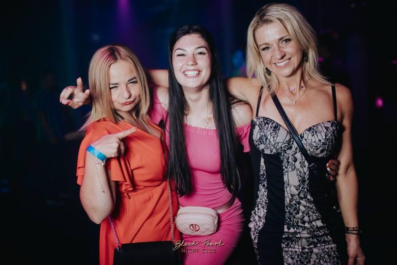 Weekendowa impreza w Black Pearl Disco Club w Ustce. Zobacz fotorelację.