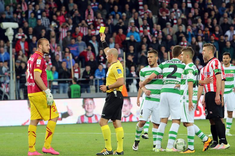 Vanja Milinković-Savić (Lechia Gdańsk) – Tylko dzięki niemu jego zespół przegrał 0:2, a nie 0:4 czy 0:5. Serb fantastycznie bronił wymagające próby.